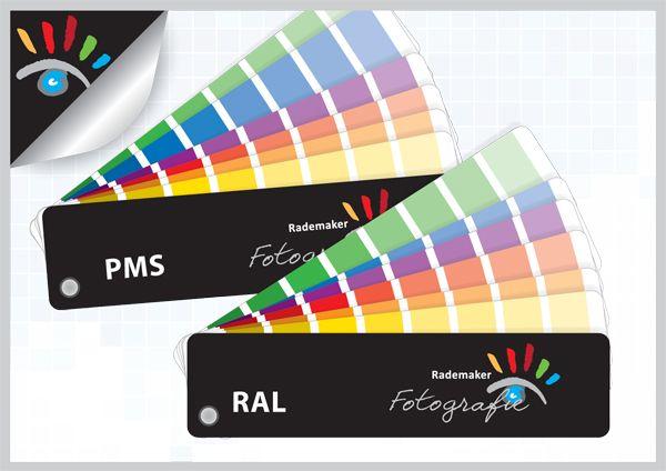 RAL en PMS kleuren, wat is het verschil. RAL kleuren, afkorting voor Reichs Ausschuss for Lieferbedingungen, is in Duitsland bedacht en ontwikkeld. Het RAL kleurensysteem bestaat uit 210 kleuren. PMS kleuren, afkorting voor Pantone Matching System, is een Amerikaans gestandaardiseerd kleursysteem. Het PMS systeem bestaat uit 15 basiskleuren die een eigen naam hebben en daarnaast ongeveer 1000 kleuren die alleen met een code aangeduid worden.