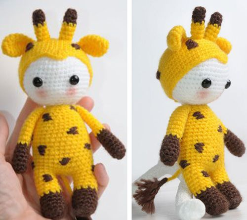 Amigurumi Doll in Giraffe Costume This crochet pattern / tutorial is available for free... Full post: Amigurumi Doll in Giraffe Costume