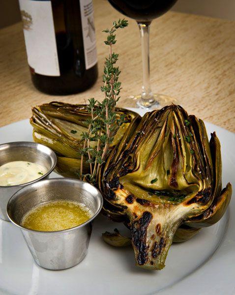 Αγκινάρες ψητές με λαδολέμονο σκόρδου http://www.athinorama.gr/umami/food/recipes/?id=3894