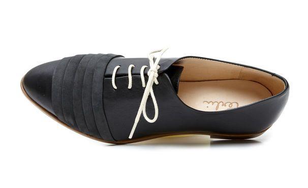 Terhi Pölkki shoes. http://shop.yalo.fi/brand/40/terhi-polkki