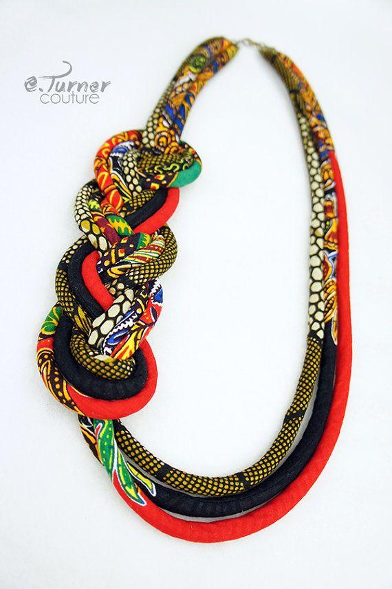Collier africain longtemps Tribal collier par ETurnerCouture