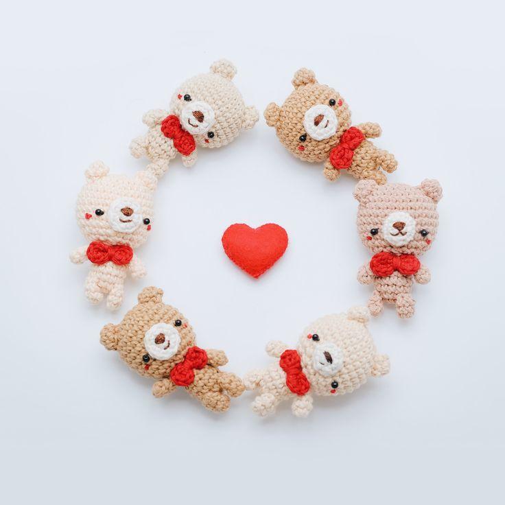 Amigurumi Free Patterns Keychain : 17 Best ideas about Crochet Keychain Pattern on Pinterest ...
