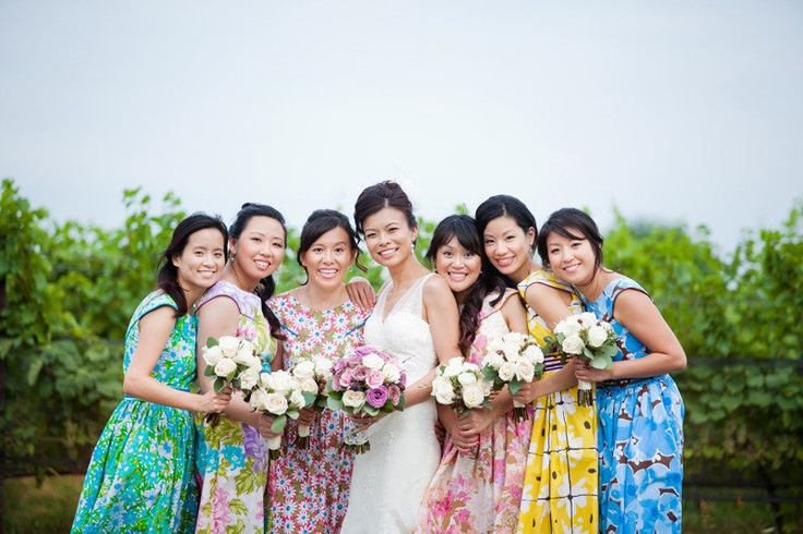 beautiful bridesmaids photographed by www.livepixelsphotography.com
