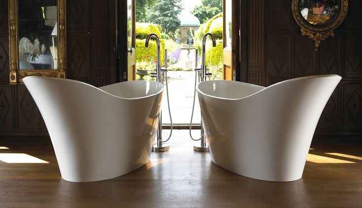Amalfi  Slipper Bath with graceful uncluttered lines and an extended backrest providing head support.