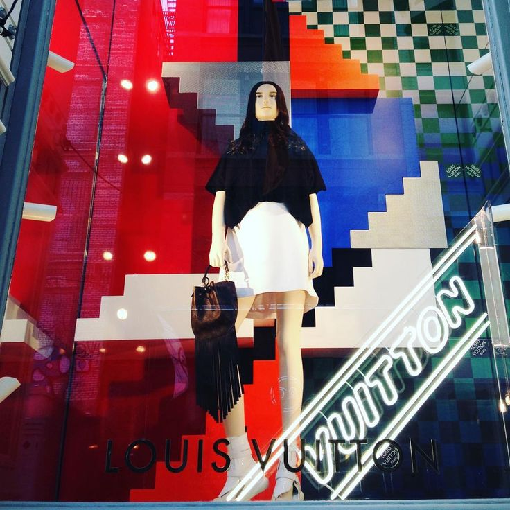 "LOUIS VUITTON, Soho, New York, ""Look at the bright side"", photo by Adeline Cabale, pinned by Ton van der Veer"