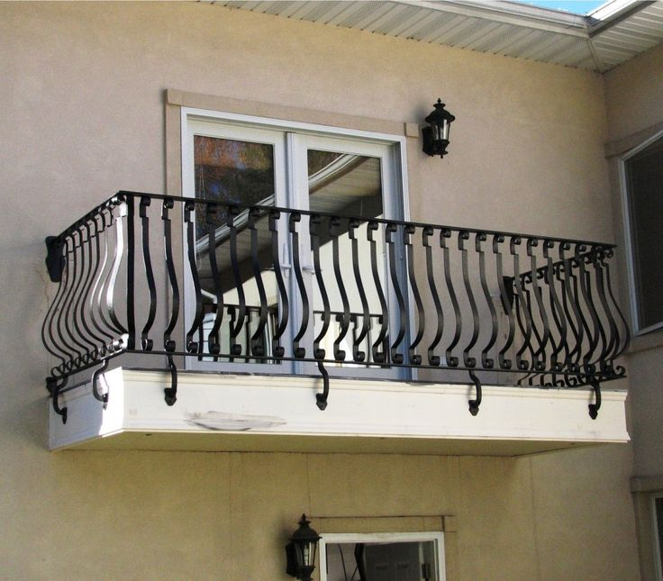22 best images about deck railing ideas on pinterest for Indoor balcony design
