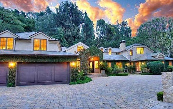 Dennis Quaid's Equestrian Estate For Sale in California  by hookedonhouses on June 2, 2011