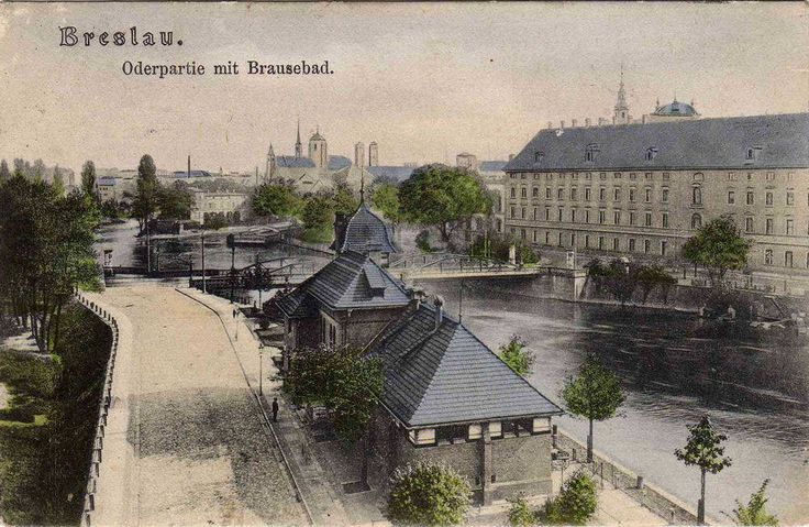 Nie wiem jak inni, ale moim skromnym zdaniem prawdziwe cudo:-) ul.Księcia Witolda z pięknym widokiem na łażnię miejską, w tle znany wszystkim most Uniwersytecki i Uniwersytet po prawej.Lata 1910-1914
