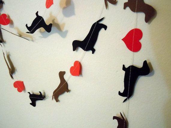 dachshund garlandValentine'S Day, Paper Garlands, Dachshund Love, Crafts Ideas, Valentine Day Cards, Valentine Day Decor, Garlands Valentine, Christmas Trees, Paper Crafts