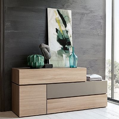 Beautiful ultramodern wooden wall unit 'Desdemona'. Different shades of wood, high quality material. Great design. My Italian Living.