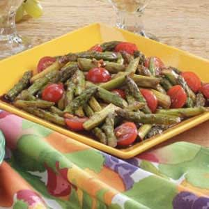 Asian Asparagus Recipe -I don't mask tastes with heavy sauces, and I use oils sparingly. This is an easy-to-fix stir-fry offers a delightful garlic-orange sauce that keeps the spotlight on the vegetables.—Lee Ann Odell, Erie , Colorado