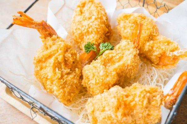 Жареные креветки во фритюре, ссылка на рецепт - https://recase.org/zharenye-krevetki-vo-frityure/  #Морепродукты #блюдо #кухня #пища #рецепты #кулинария #еда #блюда #food #cook