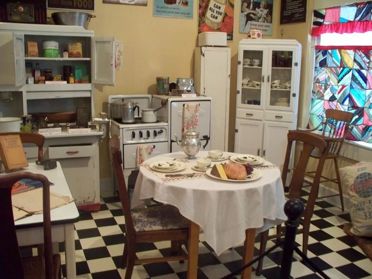 1940's kitchen | 1940's style kitchen