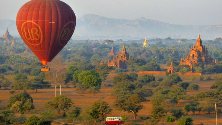 Daniel and Gina backpacking Myanmar in 16 days: Royal Palace and Atumashi Monastery of Mandalay, trekking Hsipaw, biking and air ballooning Bagan, boat trip trip out to Inle Lake. Amazing!  ‪   #Burma #myanmar #mandalay #hsipaw #bagan #airballoon #trekking #backpacking #selftravel