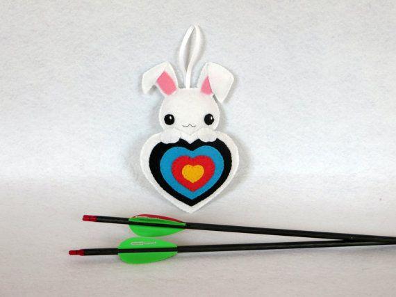 Lapin kawaii, decoration carquois, decoration tir à l'arc, par IbelieveIcanfil - Kawaii rabbit, quiver ornament, archery decoration by IbelieveIcanfil on Etsy