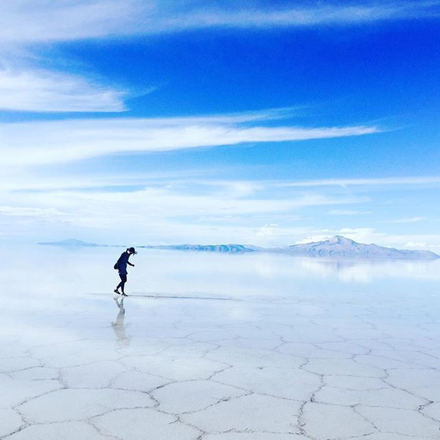 ボリビアのウユニ -世界の不思議な観光名所