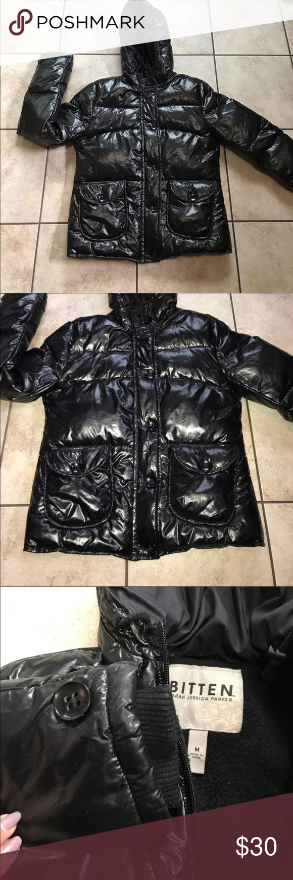 Sarah Jessica Parker Jacket Puffer Coat In great condition. Size medium. This Coat is perfect for the winter. SJP by Sarah Jessica Parker Jackets & Coats Puffers