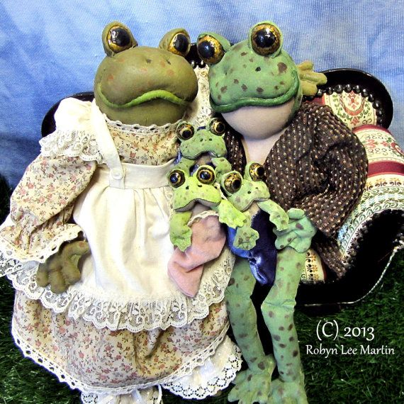 PDF Pattern Daddy Toad Doll and Baby Toads