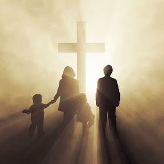 "Padre José Medina: CATEQUESIS DEL PAPA: ""La Iglesia es la familia de Dios que nos lleva a Dios"""