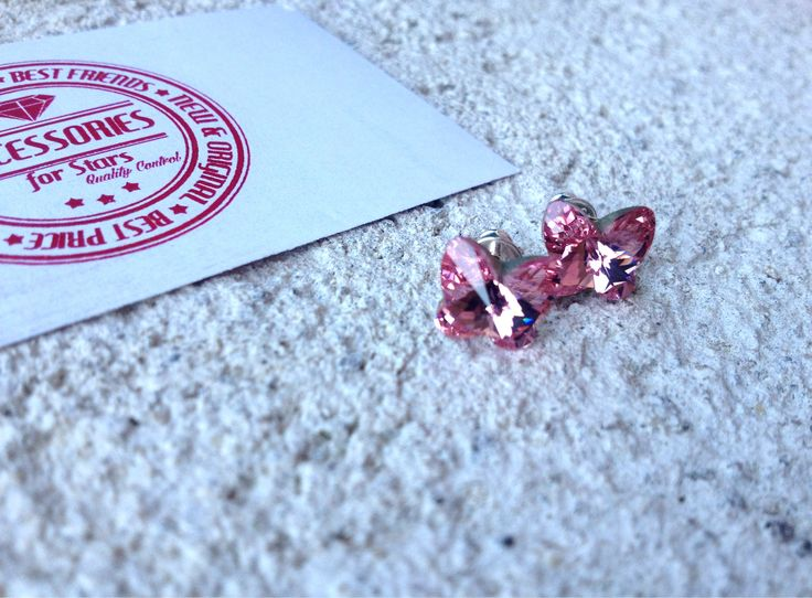 #rivoli #crystals #swarovski #earrings #accessoriesforstars #shine #precious #vintagerose #pink #powderpink #powder #vintagepink #butterfly