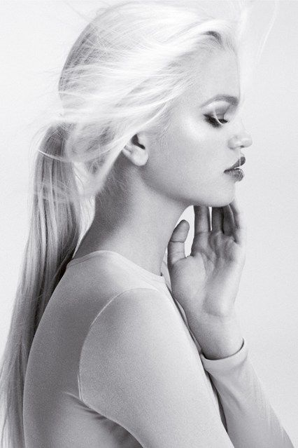 Daphne Groeneveld - Dior Addict Gloss campaign. She is my current favourite supermodel. She is extremely gorgeous