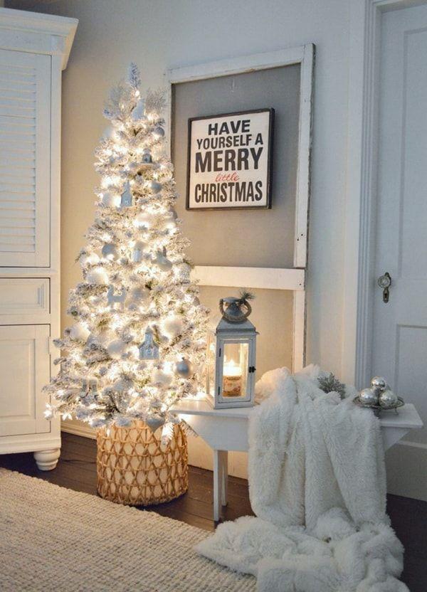 Como Decorar La Base Del Arbol De Navidad Ideas Originales Dormitorio De Navidad Arboles De Navidad Decorados Arboles De Navidad Blancos