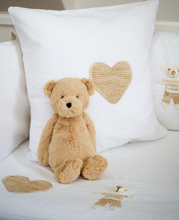 BabaLlama.com: Gemsquash Stone Teddies Baby Bedding