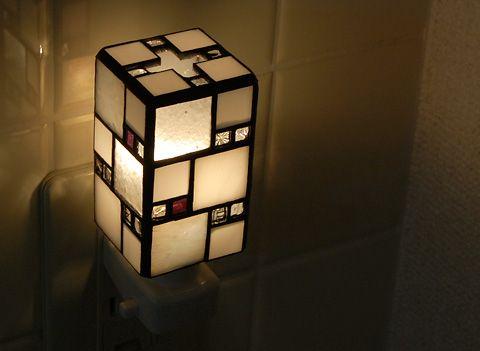 atelier SUETOMO|2011.09.28 wed|末友 章子のステンドグラス