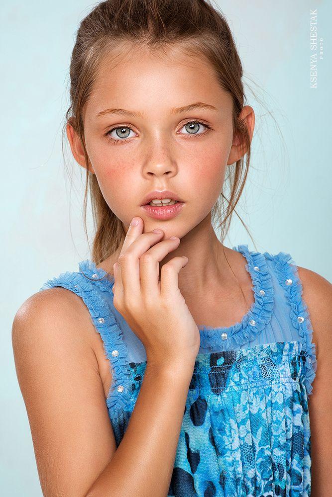 Bilder von jungen rothaarigen Schauspielerinnen