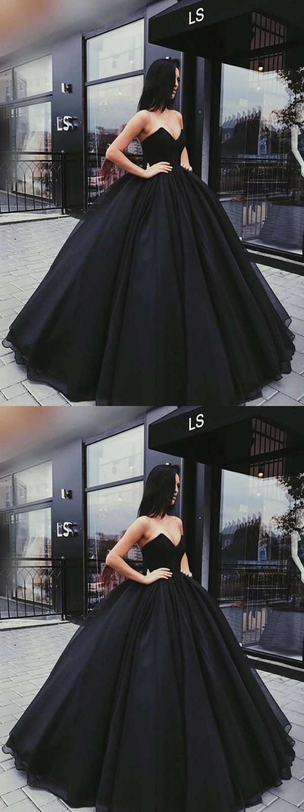 Obviously I would never have any occasion to wear this gorgeous black dress, but...well it is gorgeous!