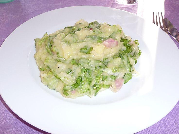 Kartoffel-Endivien-Eintopf aus dem Ruhrpott, ein sehr leckeres Rezept aus der Kategorie Schwein. Bewertungen: 10. Durchschnitt: Ø 4,3.