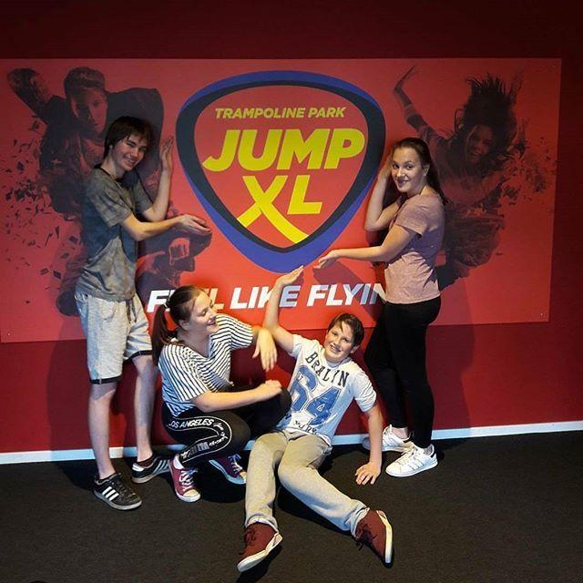 Thanks to @yoeritje2002 - Bedankt voor jullie komst naar Jump XL Waalwijk #jumpxl #jumpxlwaalwijk Feel Like Flying  Tot Jumps #trampolinepark #trampolineparken