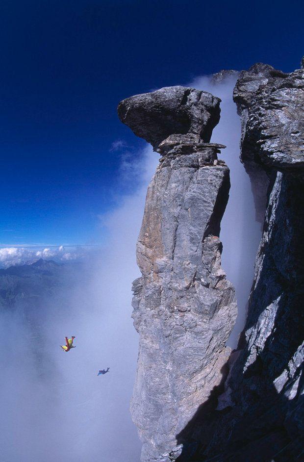 Photographer: Thomas Ulrich Athletes: Mike Robinson, Dave Major Location: Pilz, Eiger, Switzerland