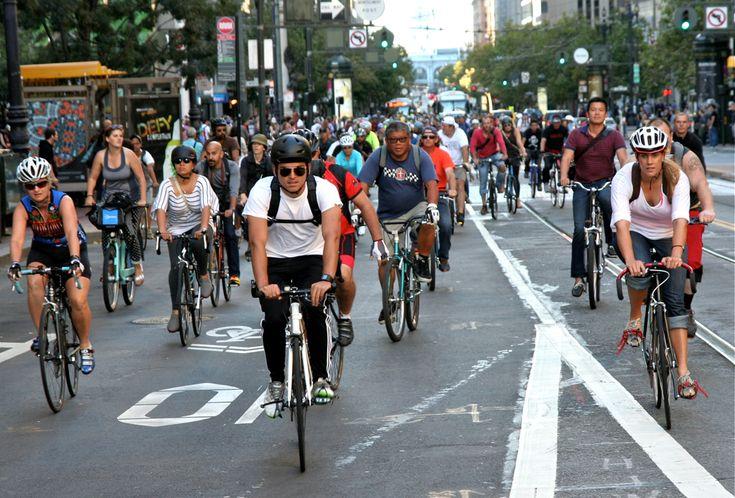 Traffic jam at Market Street, San Francisco Critical Mass Aug 30 2013. © Miikka Järvinen