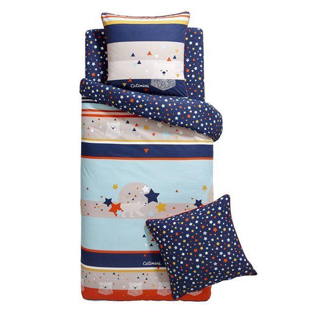 Housse De Couette L'ours Et L'étoile Bleu CATIMINI : prix, avis & notation, livraison.  Le linge de lit 100% coton l'Ours et l'Étoile nous invite au voyage polaire en passant par la rencontre d'un ours blanc et la découverte des étoiles. Le style est gai et sophistiqué. La housse de couette est composée de plusieurs motifs comme les rayures, les étoiles, les mini triangles et de représentations différentes de l'ours. Les ton...