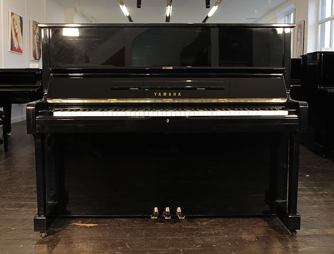 A Yamaha upright piano with a black case and polyester finish at Besbrode Pianos This piano comes with a 3 year warranty first free tuning and a free piano ... & Best 25+ Yamaha u1 ideas on Pinterest | Yamaha piano Instruments ... islam-shia.org