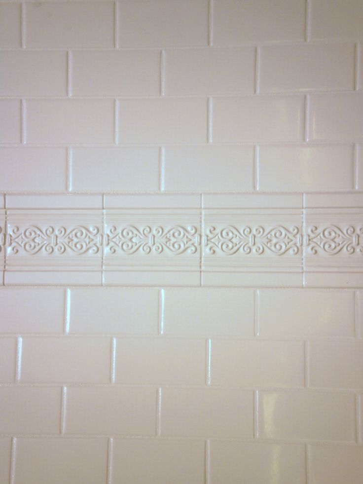 Cultured marble shower surround panel that looks like tile by International Marble Industries