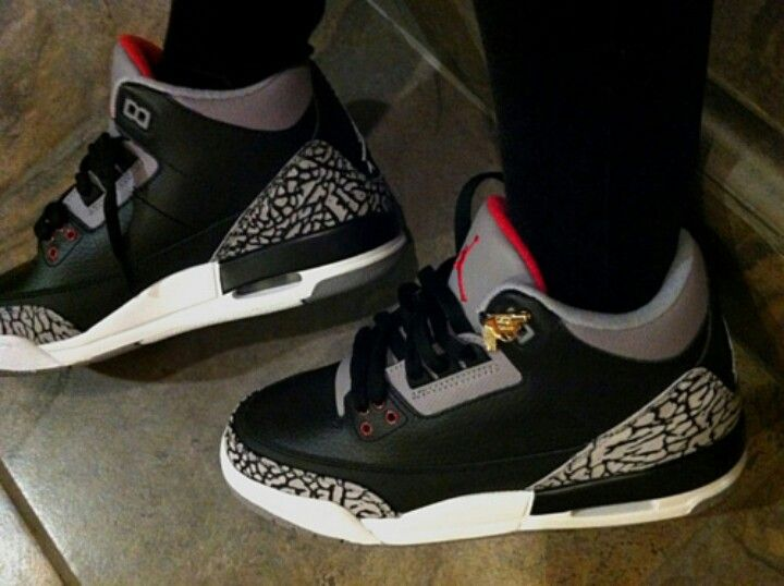 Jordans and skinny jeans