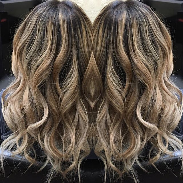 Subtle babylights with balayage.