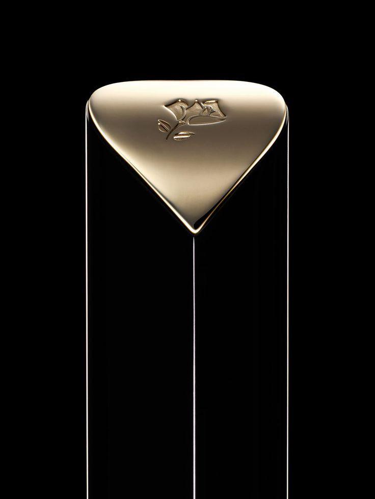 lancome advertising cosmetics lipstic gold texture still life photography luxury noriinoguchi