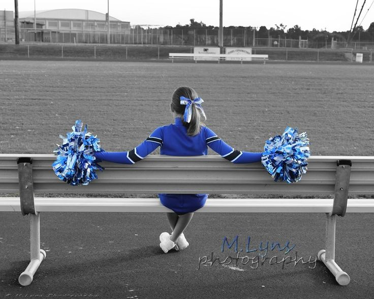 Love this cheer pose M. Lyns Photography