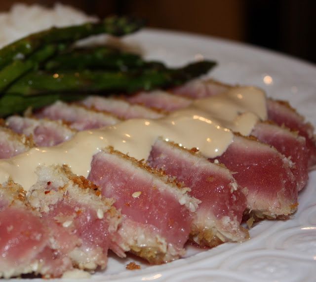Foodie Girl: Panko & Sesame Crusted Ahi Tuna with Dijon-Soy Aioli