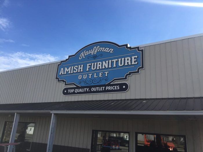 Pin By Snyder S Furniture On Showroom Displays Amish Furniture