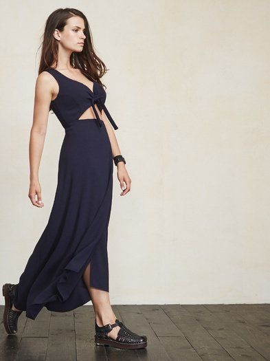 This is part of the I'm Up Here Collection - engineered to be bra-friendly and specially designed to fit a full C to DD cup. The Kai Dress. https://www.thereformation.com/products/kai-dress-for-boobs-admiral?utm_source=pinterest&utm_medium=organic&utm_campaign=PinterestOwnedPins
