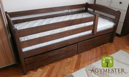 """""""Huncut"""" ágy sötétre pácolva, ágyneműtartó fiókkal"""