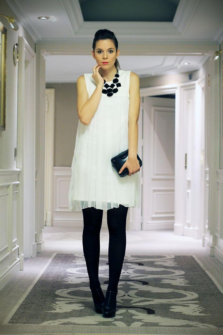 #fashion #fashionista Irene outfit per natale con vestito bianco e nero