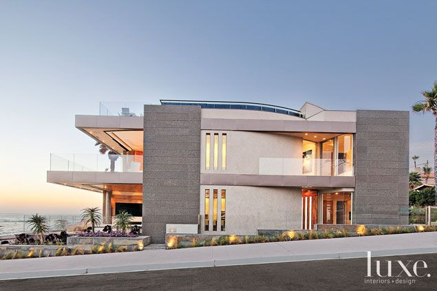 La Jolla house on an oceanfront property in San Diego   Architecture by Sto¨sh Podeswik, Stosh Thomas Architects PC