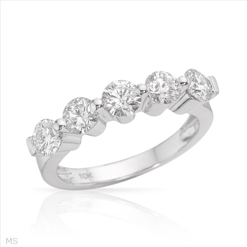 $1,469.00  Incredible Brand New Ring With 1.67ctw Genuine  Clean Diamonds Made in White Gold- Size 8 We Can Resize from 6.5 to 9.5 - Certificate Available.