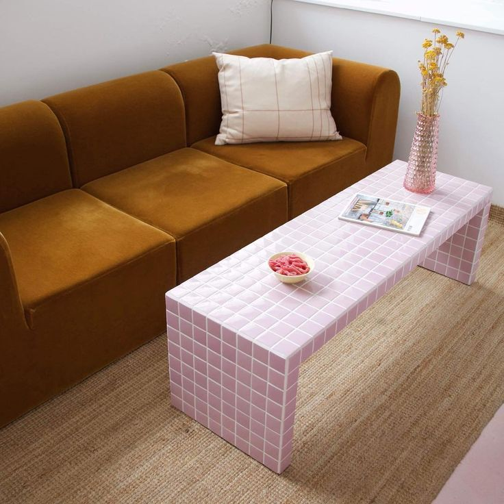 OFFEE TABLE • LIGHT PINK 👛 . #danishdesign #i…
