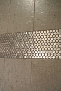 Metal accents! Round tile